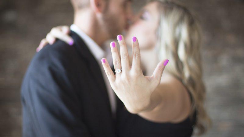 Koop een mooie verlovingsring voor je aanstaande