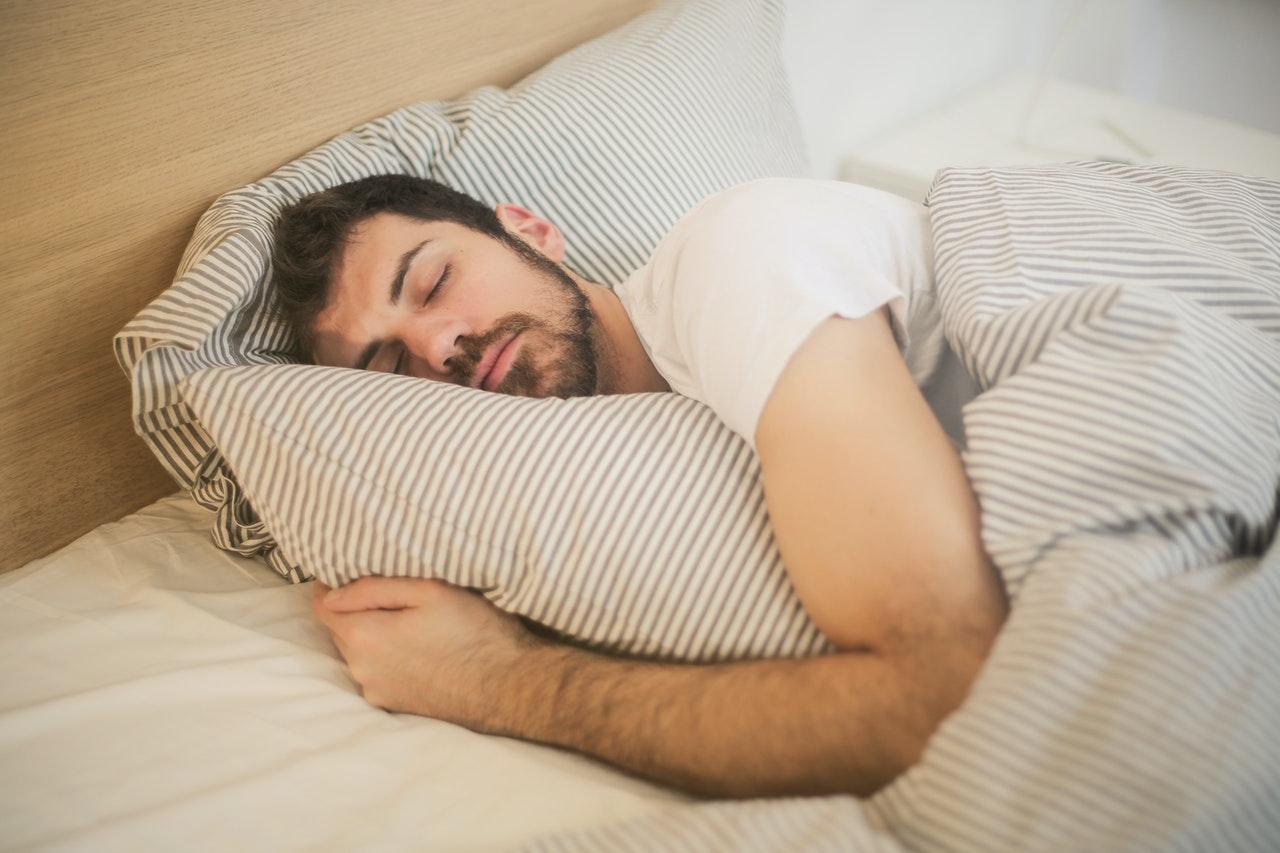 Tips om snurken te voorkomen of te verminderen